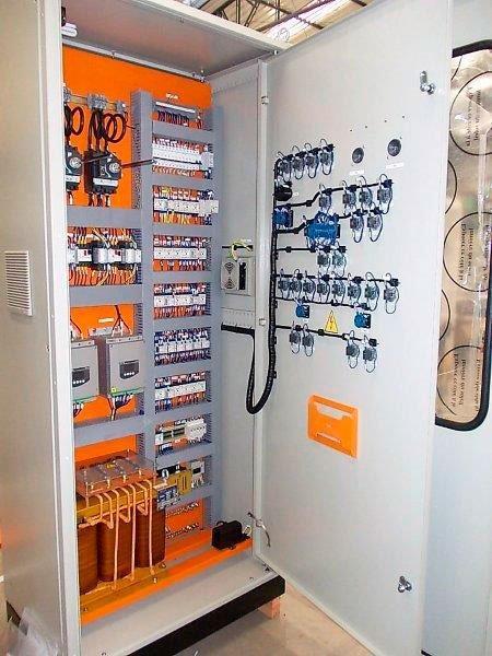 Fabricante de quadros elétricos