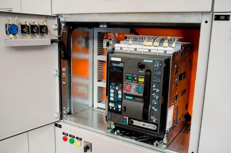 Manutenção de painéis elétricos